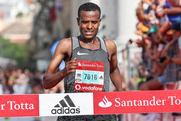 Birhan Nebebew wins the Rock'n'Roll Lisbon Half Marathon (Organisers / Kevin Morris)