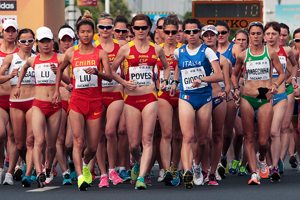 Liu Hong and Eleonora Giorgi lead the women's 20km at the IAAF World Race Walking Cup Taicang 2014 (Getty Images)