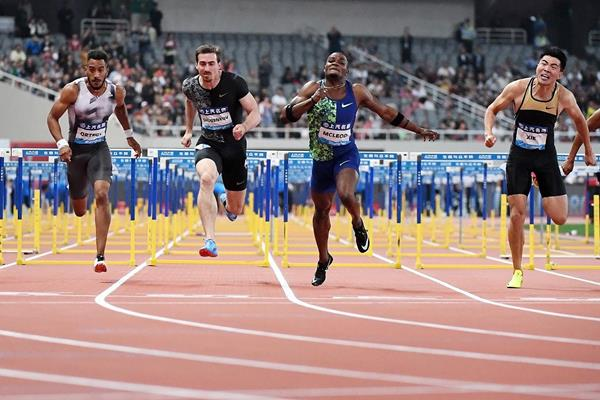 Omar McLeod wins the 110m hurdles at the IAAF Diamond League meeting in Shanghai (Errol Anderson)