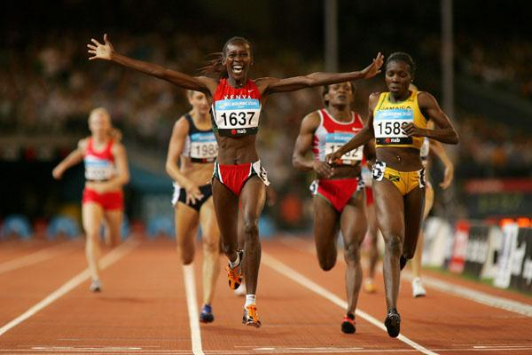 Kenya's janeth Jepkosgei - 800m gold - Melbourne 2006 (Getty Images)