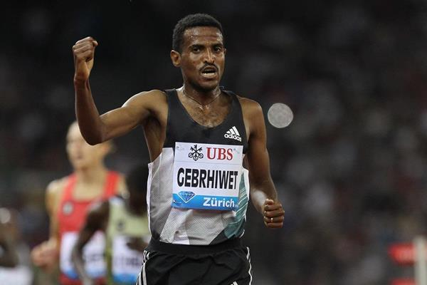 Hagos Gebrhiwet after winning the 5000m at the IAAF Diamond League meeting in Zurich (Jean-Pierre Durand)