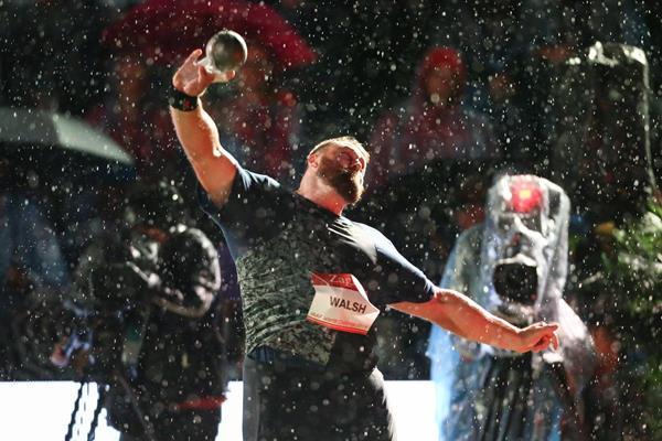Tom Walsh releasing the winning toss in Zagreb (Organisers)