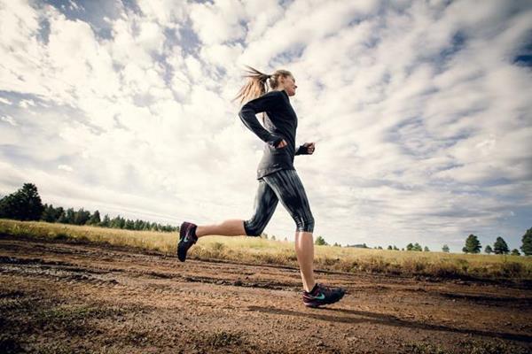 US ultra-distance runner Emily Harrison (Kristin Wilson)