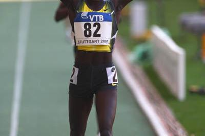 Vivian Cheruiyot celebrates winning the women's 5000m at the World Athletics Final (Getty Images)