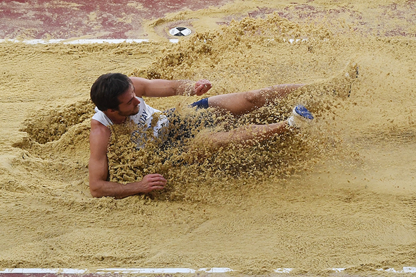 Emiliano Lasa in the long jump at the IAAF World Championships London 2017 (Getty Images)