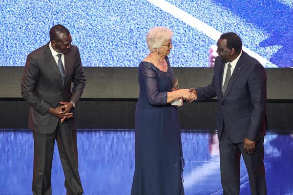 IAAF Ambassador Paul Tergat, Coaching Achievement Award winner Anna Botha and IAAF Council member Hamad Kalkaba Malboum (Philippe Fitte)