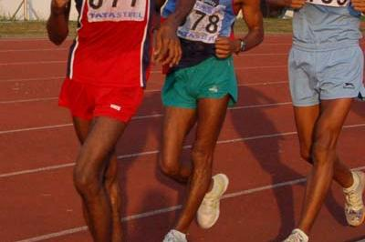 Babubhai Panocha en route to his Indian national record in Jamshedpur (Athletics Federation of India)