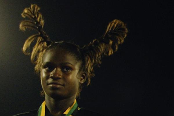 Anneisha Mclaughlin hair ()