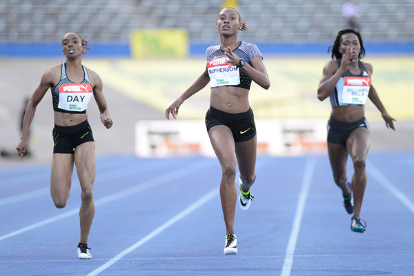 Stephenie-Ann McPherson wins the 400m at the Jamaican Championships (AFP / Getty Images)