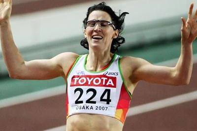 Jana Rawlinson of Australia wins the 400m Hurdles Final (Getty Images)