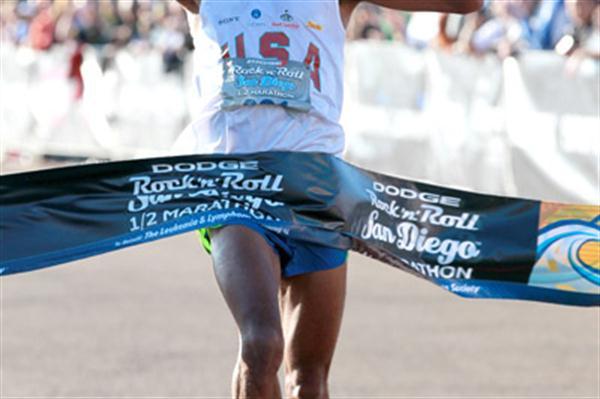 Meb Keflezighi winning the San Diego Half Marathon (Victah Sailer)