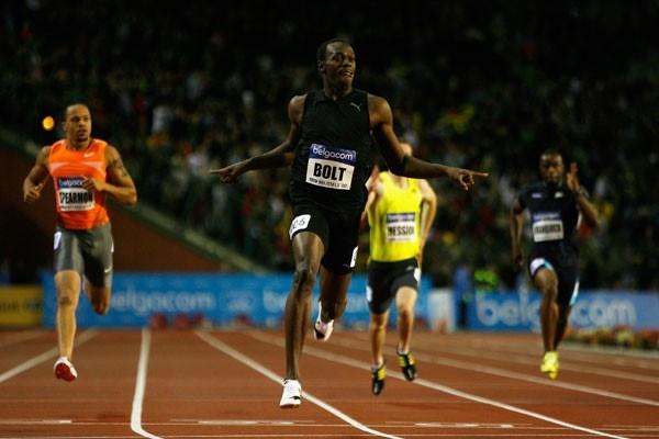 World Champion Usain Bolt steams ahead to a 19.57 meeting record in the 200m (Getty Images)