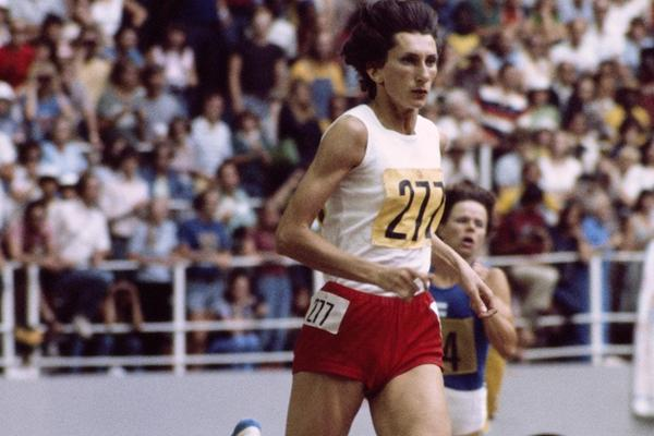 Irena Szewinska en route to 1976 Olympic 400m gold in Montreal (Getty Images)