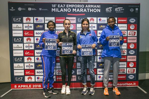 Leading women's entrants on the eve of the Milan Marathon (Organisers/LaPress)