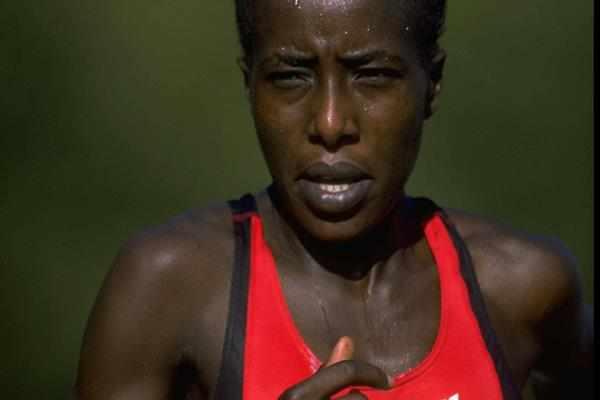 Lornah Kiplagat in the 1997 London Marathon (Getty Images)