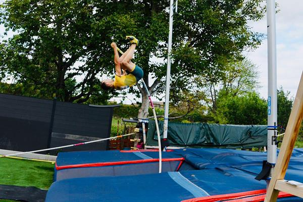 Renaud Lavillenie in action in the Ultimate Garden Challenge (WA)