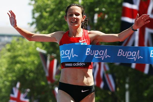 Jo Pavey triumphs in the London 10,000m (Getty Images)