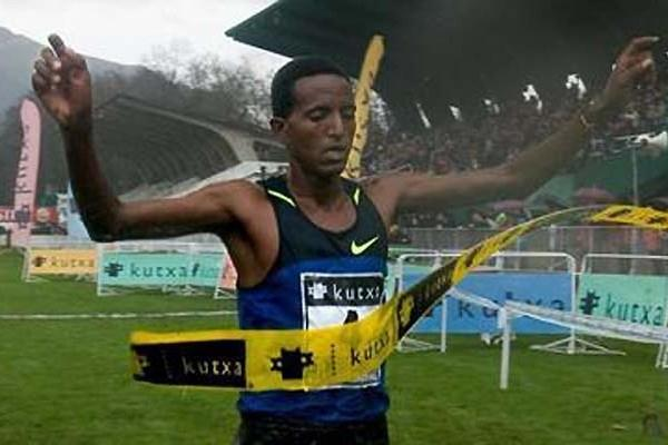 Eritrea's Teklemarian Medhin wins in San Sebastián, Spain (Mertxe Sueskun)