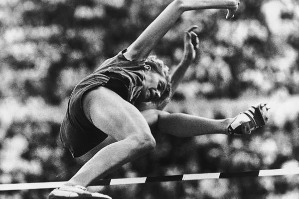 Iolanda Balas in action at the 1960 Olympic Games (Getty / Hulton)