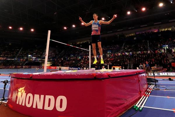 Danil Lysenko wins the high jump at the IAAF World Indoor Championships Birmingham 2018 (Getty Images)