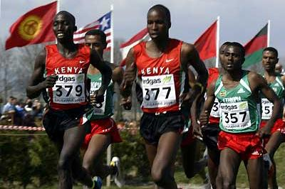 Sileshi Sihine of Ethiopia (357) running the 2003 World Cross long race in Lausanne (Getty Images)