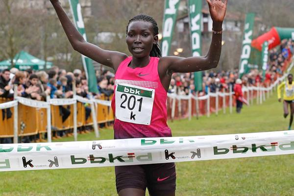 Magdalene Masai wins the women's race in Amorebieta (Unai Sasuátegui)