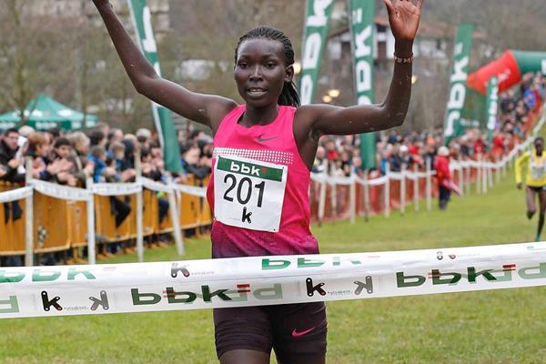 Magdalene Masai wins the women's race in Amorebieta (Unai Sasuátegui)