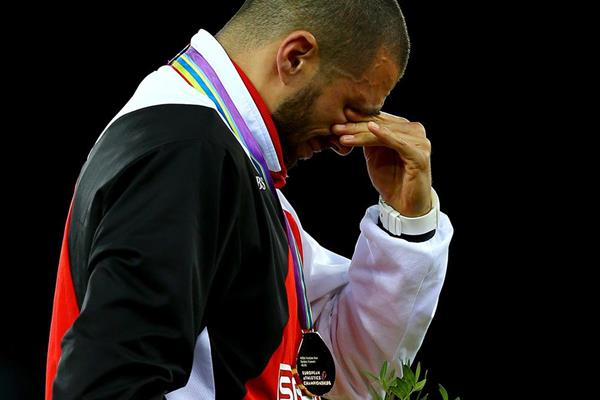 An emotional Kariem Hussein on the podium after winning the 2014 European 400m hurdles title (Getty Images)