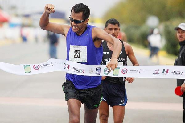 Eder Sanchez wins the 20km race walk in Chihuahua (Organisers)