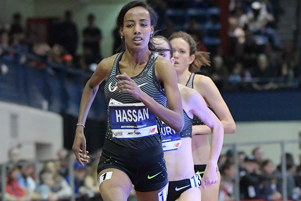 Sifan Hassan on her way to winning the mile at the Millrose Games (Kirby Lee)