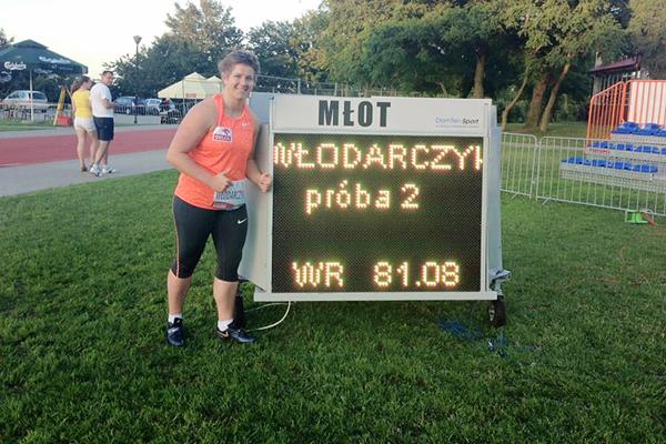 Anita Wlodarczyk with her world record figures in Cetniewo ()