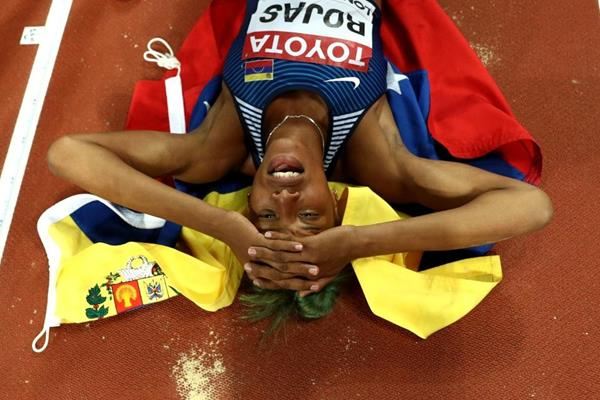 Yulimar Rojas after her triple jump victory at the IAAF World Championships London 2017 (Getty Images)