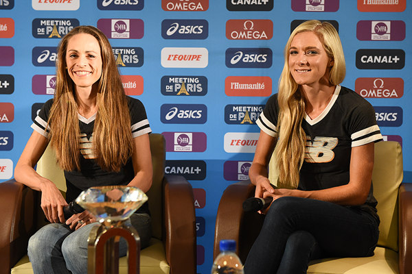 Jenny Simpson and Emma Coburn at the press conference for the IAAF Diamond League meeting in Paris (Jiro Mochizuki)