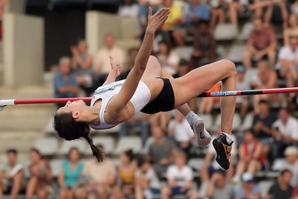 2.04m world lead for Mariya Lasitskene in Paris (Kirby Lee)