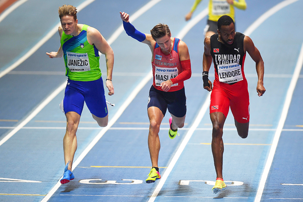 Pavel Maslak (centre) in the 400m at the IAAF World Indoor Championships Birmingham 2018 (Getty Images)