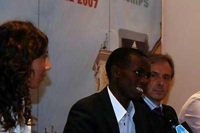 Samuel Wanjiru at the press conference in Udine (c)