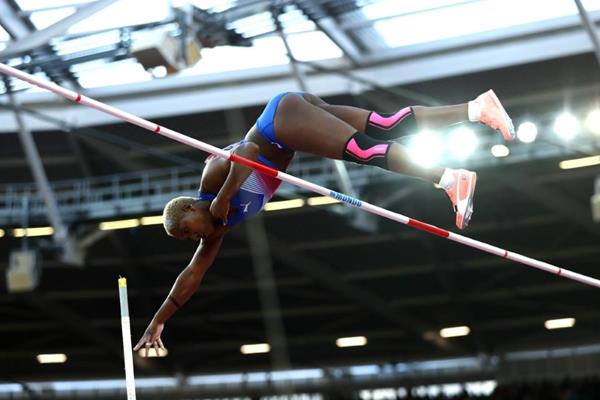 Yarisley Silva in the pole vault at the IAAF World Championships London 2017 (Getty Images)