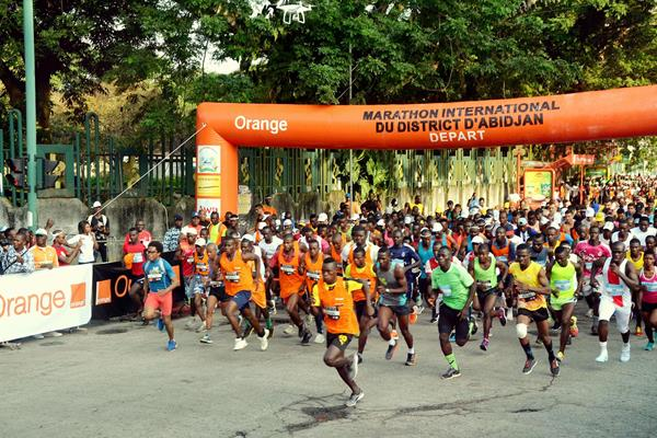 Start of the Abidjan Marathon (Organisers)