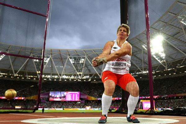 Anita Wlodarczyk gira per l'oro ai Campionati del Mondo IAAF di Londra 2017 (Getty Images)
