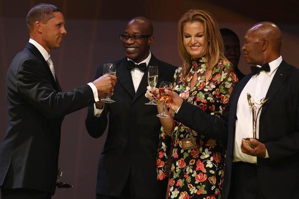 IAAF Hall of Fame members Dan o'Brien, Ed Moses, Stefka Kostadinova and Kip Keino at the IAAF Centenary Gala in Barcelona (Giancarlo Colombo)