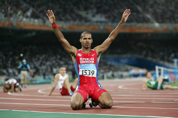 Felix Sanchez celebrates winning the 2004 Olympic 400m hurdles title in Athens (Getty Images)