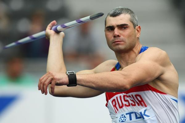 Sergey Makarov of Russia on the runway in the men's Javelin Throw qualification in Berlin (Getty Images)