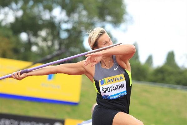 Barbora Špotáková 66.08 victory in Birmingham (Jean-Pierre Durand)