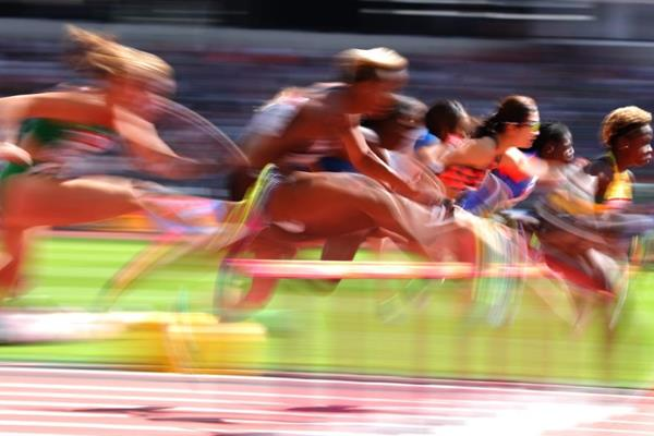Hurdlers in the opening round of the women's 100m hurdles at the IAAF World Championships London 2017 (Getty Images)