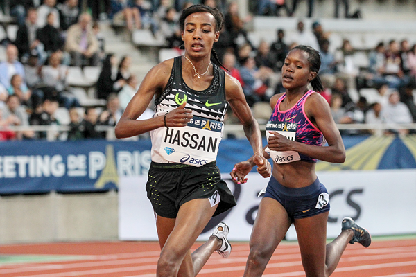 Sifan Hassan on her way to winning the 1500m at the IAAF Diamond League meeting in Paris (Jean-Pierre Durand)