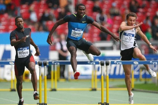Kerron Clement beats Danny McFarlane in the 400m hurdles (Getty Images)