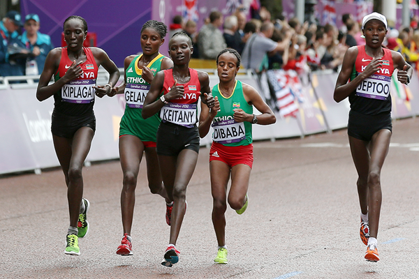 Mary Keitany leads the marathon at the 2012 Olympics in London (Getty Images)