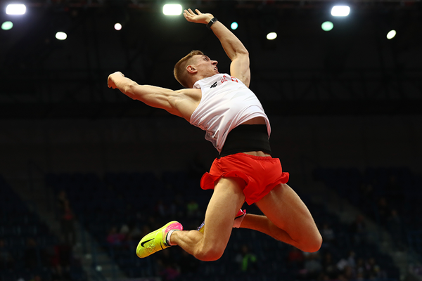 Pole vault winner Piotr Lisek at the European Indoor Championships in Belgrade (Getty Images)