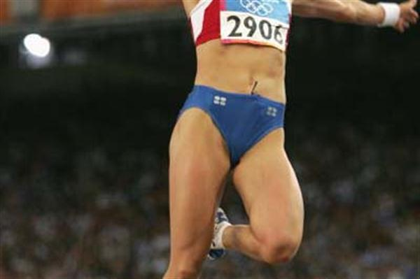 Tatyana Lebedeva long jumps to Olympic gold (Getty Images)