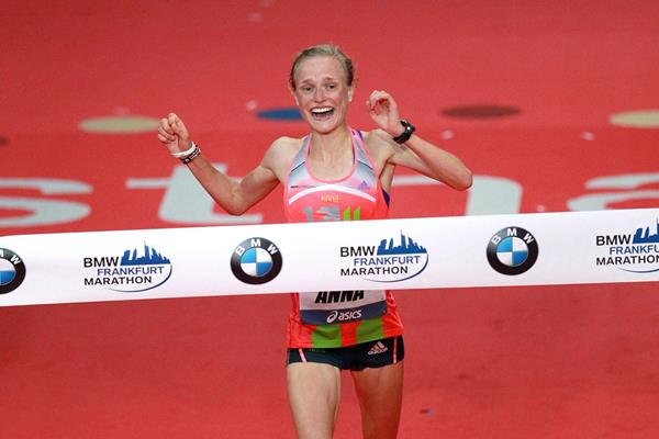 Anna Hahner at the 2013 Frankfurt Marathon (Victah Sailer)